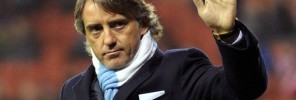 Roberto-Mancini-waves-to-fans-1885886